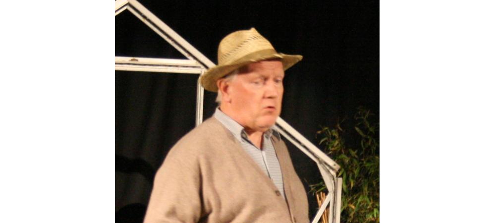Philip Hickson as Bardolf
