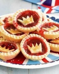 Did We Mention the Free Jam Tarts?